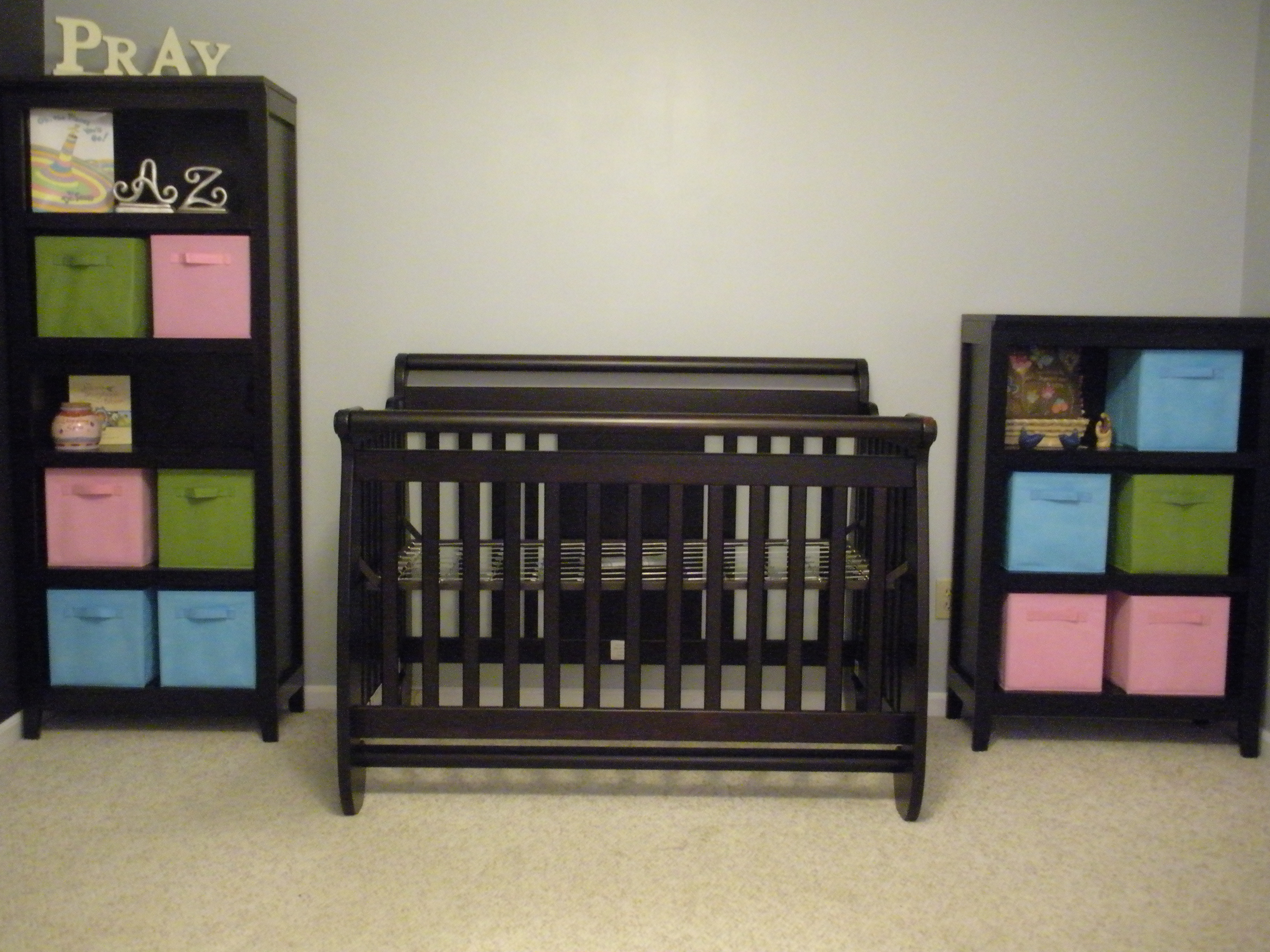 graco s drawer baby convertible cribs choose dream in drawers l larger storage solano with view crib