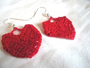 red heart crochet earrings