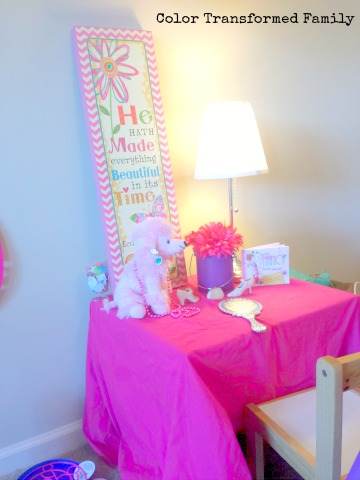 Fancy Nancy Birthday Party Dress Up Table